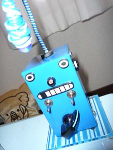 今回大活躍した青ロボ